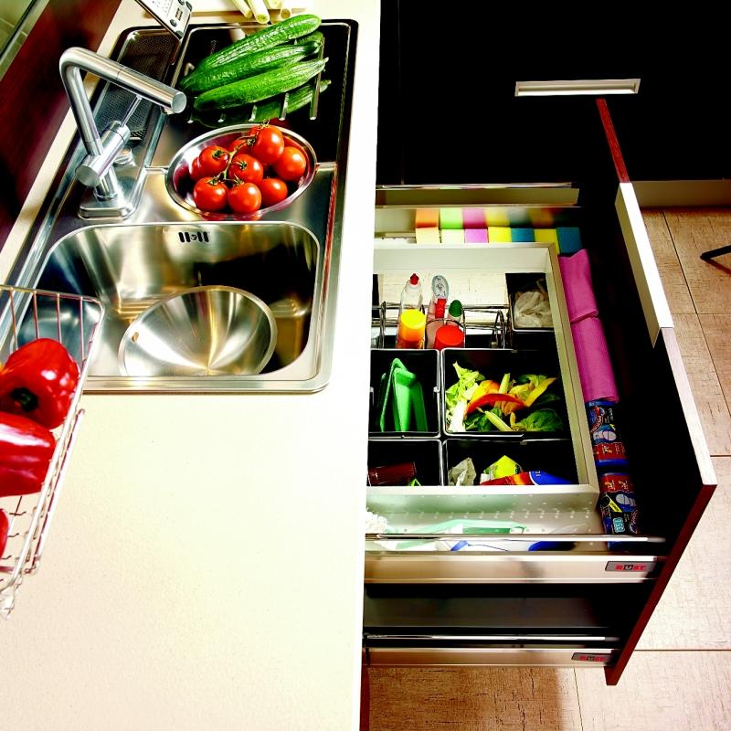 Nowoczesna kuchnia to czysta kuchnia. Jak urządzić kuchnię, by zawsze lśniła czystością?