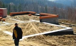Decyzja o pozwoleniu na budowę: czy sąsiad może się sprzeciwić budowie domu?