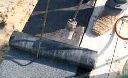 Hydroizolacja fundamentów. Jak wybrać papę bitumiczną?