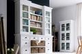 Mieszkanie w zgodzie z trendami – białe meble