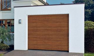 Brama garażowa z napędem. Czy istnieje ładna i praktyczna brama garażowa?