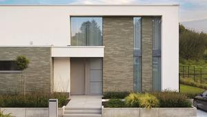 Cegły klinkierowe na elewacje, ogrodzenia murowane i do małej architektury. Zastosowania i właściwości klinkieru
