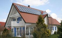 Baterie słoneczne energetycznym hitem. Czy będziemy mieli prąd za darmo?