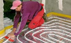 Kolejność prac przy montażu ogrzewania podłogowego